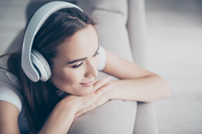 Top 10 Best Bluetooth Ear Headphones In 2020 (Jbl, Bose And More)